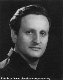 Eduardo Mata Asiain (Ciudad de México, 5 de septiembre de 1942 – cerca de Cuernavaca, 4 de enero de 1995) fue un reconocido director de orquesta y ... - mata2