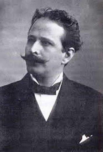 Alfredo Robles Domínguez (Guanajuato, Guanajuato, 1876 - Ciudad de México, 1928) fue un ingeniero militar, revolucionario y político mexicano. - 17agosto191453f21d0aea330