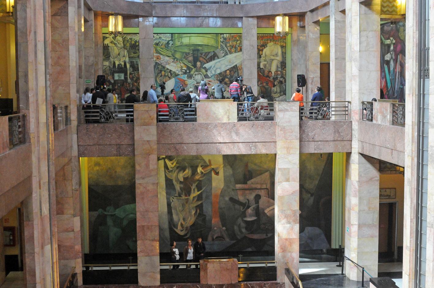 Murales Del Palacio De Bellas Artes